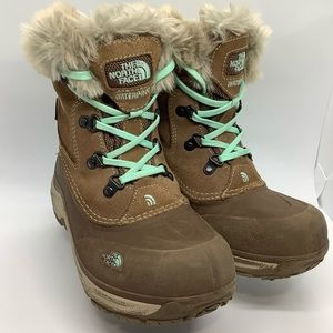 THE NORTHFACE KIDS SUEDE SNOW BOOTS